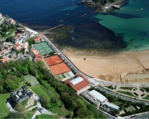 Vista aérea del Real Club de tenis de san Sebastián.